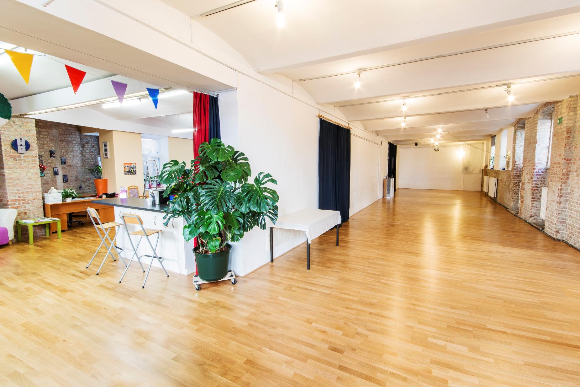 partys raummiete mehrspielraum workshops kinderbetreuung wien. Black Bedroom Furniture Sets. Home Design Ideas